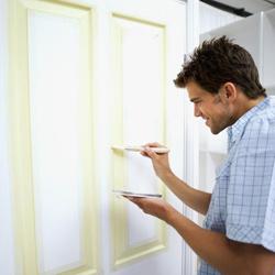Furnér ajtó festése